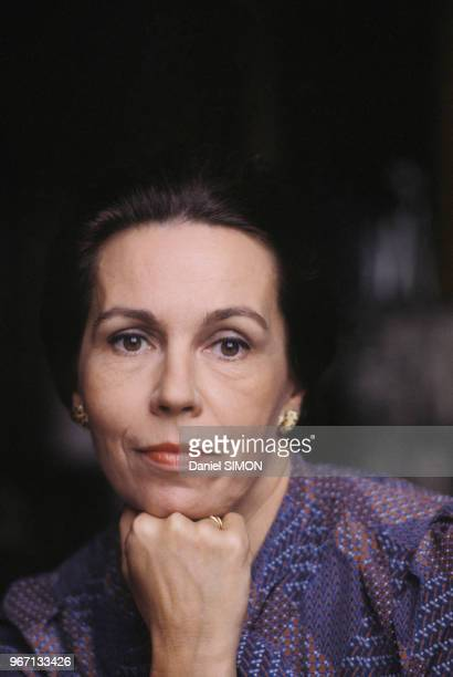 MarieFrance Garaud dans son bureau le 25 octobre 1980 à Paris France