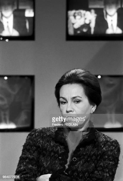 MarieFrance Garaud sur le plateau du journal de TF1 le 10 octobre 1985 à Paris France