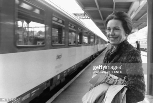 MarieFrance Garaud sur le quai de la gare de Poitiers le 26 avril 1981 France