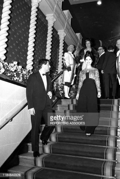 MarieJosé Nat et son mari Michel Drach lors d'un gala au Lido de Paris le 2 décembre 1964 France