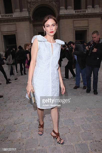 Marie-Josse Croze arrives for the Louis Vuitton Ready to Wear Spring/Summer 2011 show during Paris Fashion Week at Cour Carree du Louvre on October...