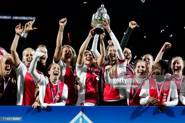 Marieke Ubachs of Ajax Women, Line Roddik of Ajax Women, Vanity Lewerissa of Ajax Women, Kelly Zeeman of Ajax Women, Kika van Es of Ajax Women, Lois...