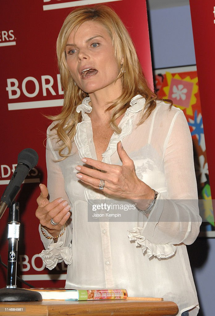 """Mariel Hemingway In-Store Appearance For Her New Book """"Healthy Living From The"""