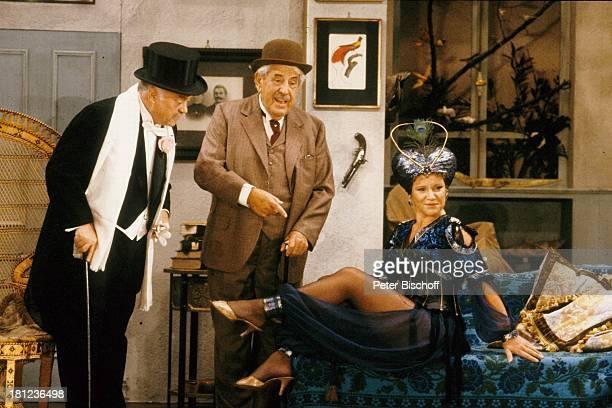 """Mariele Millowitsch, Vater Willy Millowitsch, Helmuth Kosiarka, , ARD-Theater-Schwank: """"Die vertagte Hochzeit"""", , Schauspieler, Schauspielerin,..."""
