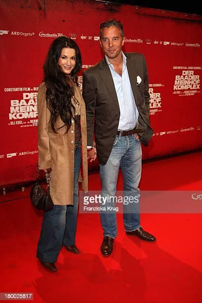 """Mariella Gräfin Von Faber Castell Und Ehemann Patrick Graf Von Faber-Castell Bei Der Premiere Von """"Der Baader Meinhof Komplex"""" Im Delphi Filmpalast..."""