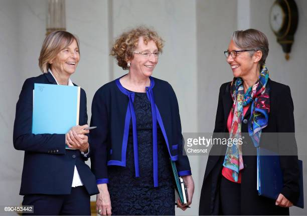 Marielle de Sarnez French Labour Minister Muriel Penicaud and French Minister in charge of Transport Elisabeth Borne leave the Elysee Presidential...