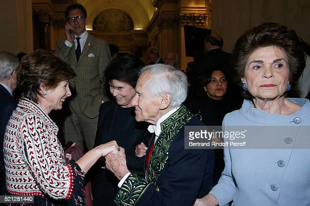 MarieLouise de Clermont Tonnerre Academician Count Jean d'Ormesson and his wife Countess Francoise d'Ormesson attend Marc Lambron becomes a Member of...