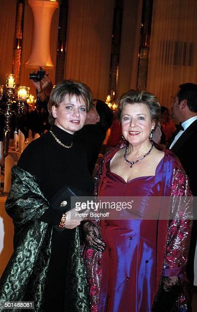 MarieLuise Marjan Andrea Spatzek CharityVeranstaltung 13 UnescoBenefizGala für Kinder in Not Hotel Swissotel Neuss NordrheinWestfalen Deutschland...
