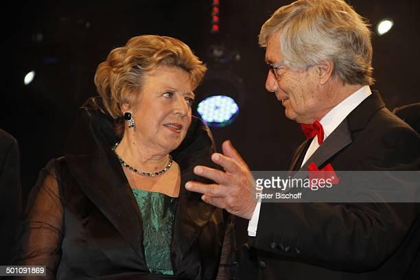 MarieLuise Marjan Christian Wolff CharityVeranstaltung 18 'UnescoBenefizGala' 2010 für Kinder in Not Hotel 'Maritim' Düsseldorf NordrheinWestfalen...