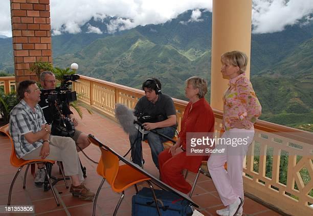 Marie-Luise Marjan , Marianne Monika Raven , Tonmeister Philipp Freund , Kameramann Robert Helming , Producer Heiko Schäfer , TV-Interview,...