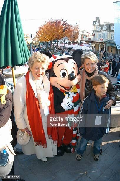 MarieLuise Marjan Micky Maus Andrea Spatzek Sohn Alexander Spatzek 'DisneylandParis' Paris/Frankreich Schauspielerin Schauspieler Vergnügungspark...