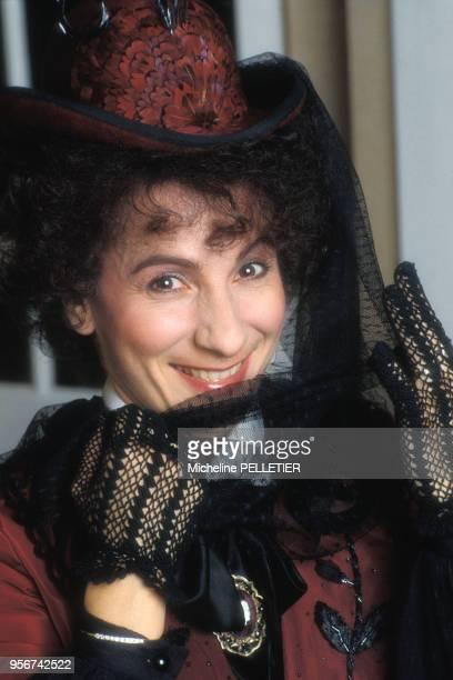 MariePaule Belle dans une pièce de théâtre en juin 1988 à Paris France