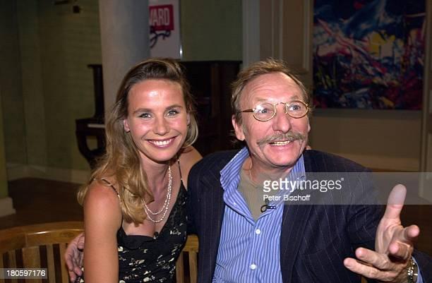 MarieTheres Relin Ehemann FranzXaver Kroetz ARDTalkshow Boulevard Bio Folge 408 Gegensätze ziehen sich an Brille Schnurrbart Mann