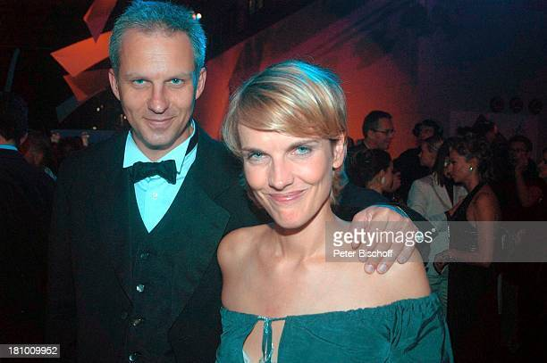 "Marietta Slomka , Lebensgefährte Christof Lang , Aftershow-Party Verleihung ""Deutscher Fernsehpreis 2003"", Köln, , ""Coloneum"", Party, Feier, Promis,..."