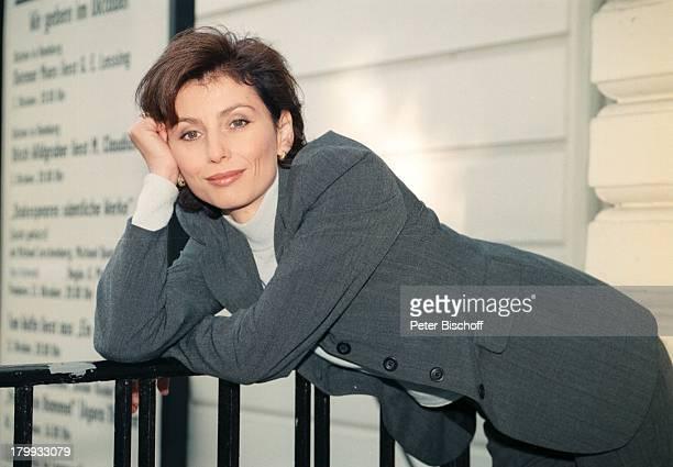 Marijam Agischewa Porträt Schauspielerin geb 22Dezember 1958 Sternzeichen Steinbock ARDSerie Dr SommerfeldNeues vom Bülowbogen Berlin Deutschland...