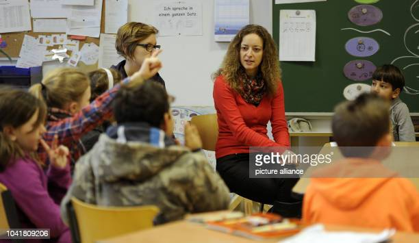 Marijana Lourincevic teacher at the KettelSchool works with her learnfamily the seals in Bonn Germany 22 January 2012 Because of an exemplary...