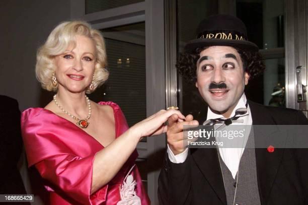 Marika Kilius and C Chaplin Double In 'Ball Des Sports 'in Frankfurt Am 020202