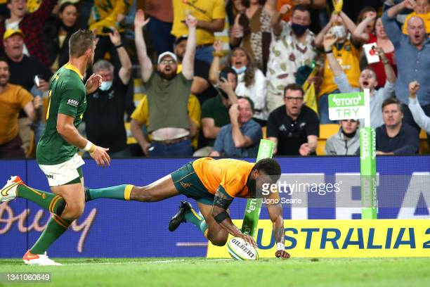 Marika Koroibete of the Wallabies scores a try during The Rugby Championship match between the Australian Wallabies and the South Africa Springboks...