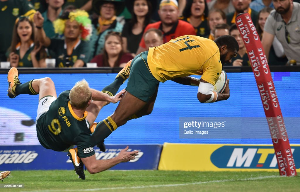 Marika Koroibete of the Wallabies scoring his try during the Rugby Championship 2017 match between South Africa and Australia at Toyota Stadium on September 30, 2017 in Bloemfontein, South Africa.