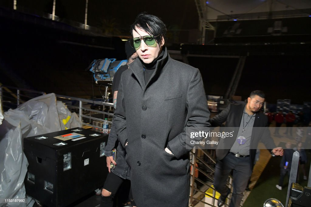 2019 iHeartRadio Wango Tango Presented By The JUVÉDERM® Collection Of Dermal Fillers - Backstage : News Photo