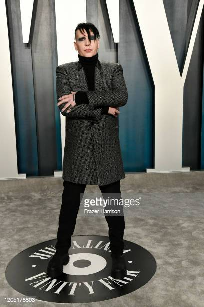 Marilyn ⚡️ Manson (el tópic del Reverendo) - Página 3 Marilyn-manson-attends-the-2020-vanity-fair-oscar-party-hosted-by-picture-id1205178803?s=612x612