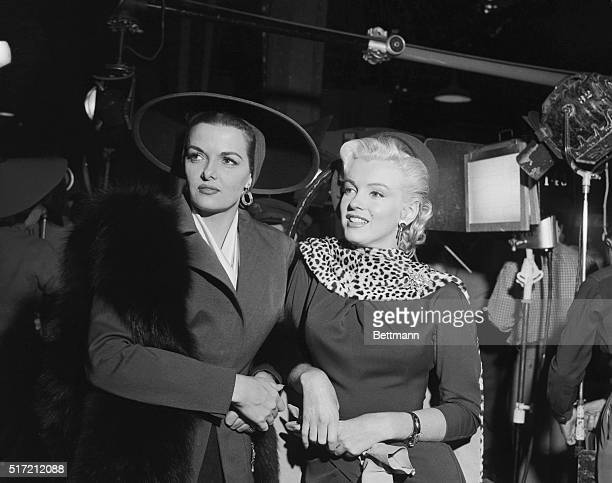 Marilyn Monroe and Jane Russell on the set of Gentleman Prefer Blondes
