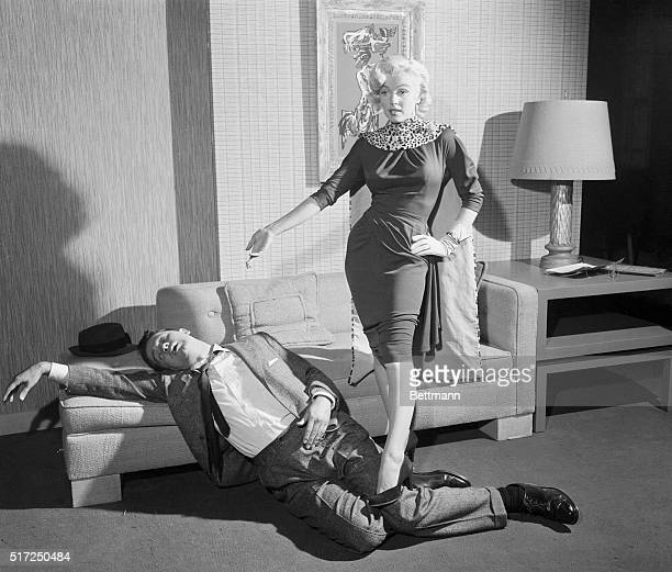 Marilyn Monroe and Tommy Noonan in Gentlemen Prefer Blondes 1953