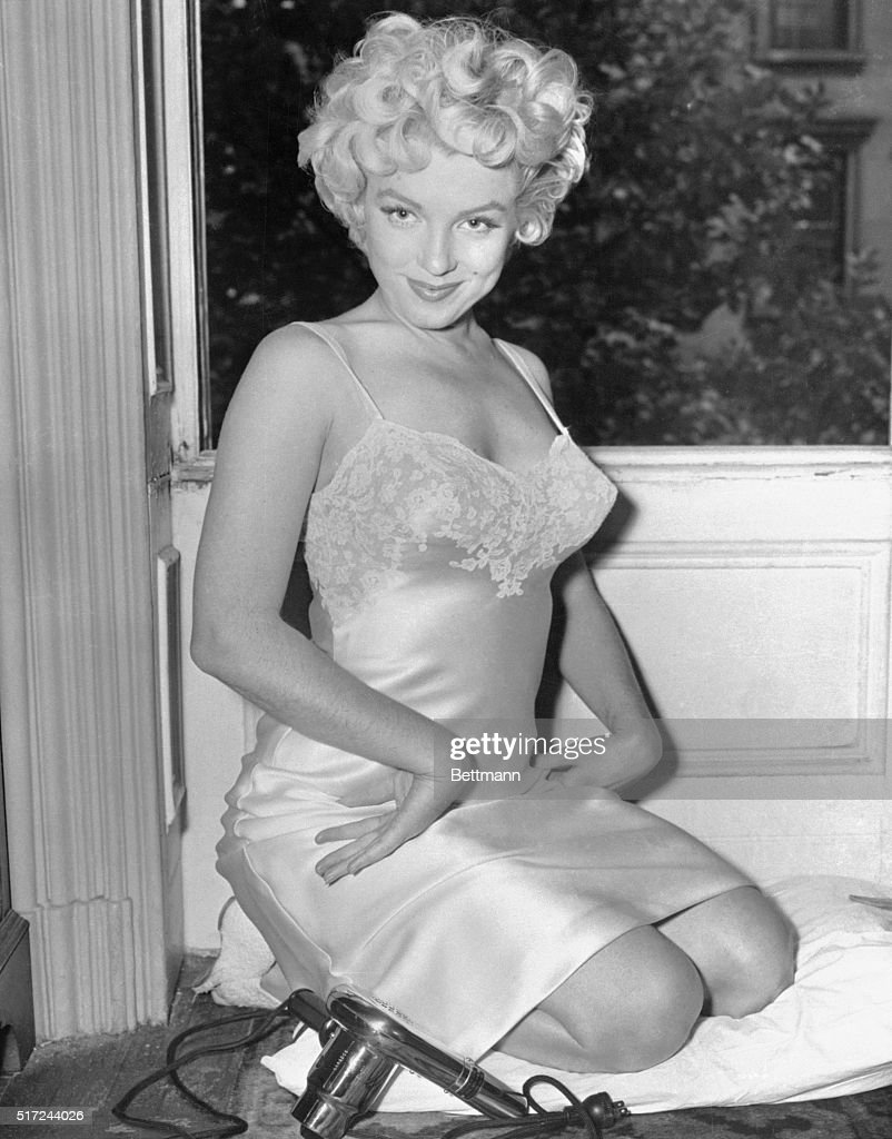 Marilyn Monroe, The Sex Symbol For A Generation Of American Males, News Photo -7193