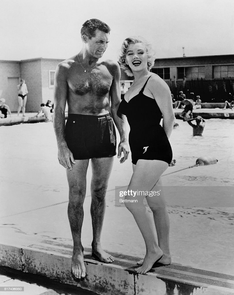 Marilyn Monroe with Cary Grant : News Photo