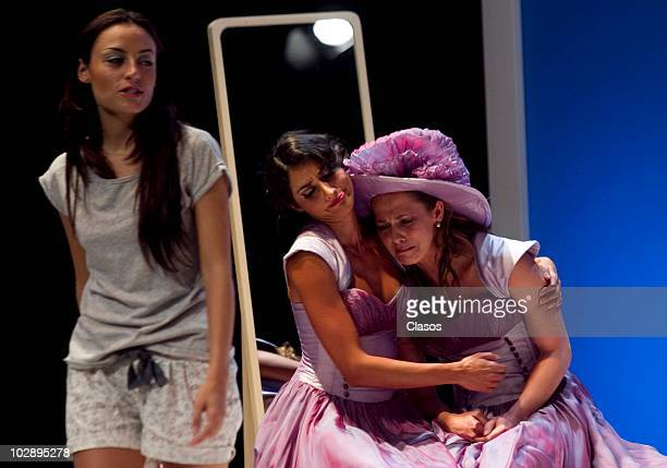 Marimar Vega Paola Nunez and Cecilia Ponce in action during the Cinco Mujeres Usando el Mismo Vestido presentation at Telon de Asfalto Theater on...