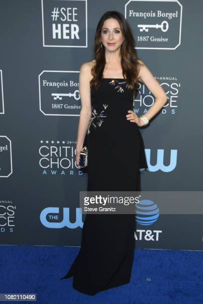 Marin Hinkle attends the 24th annual Critics' Choice Awards at Barker Hangar on January 13 2019 in Santa Monica California