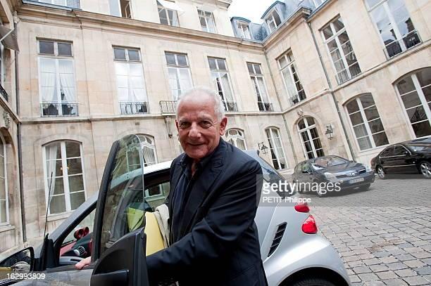 Marin Karmitz Paris 1er septembre 2009 le producteur Marin KARMITZ délégué général du Conseil de la création artistique lancé le 13 janvier 2009 par...
