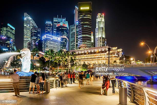 Marina Bay, people in the Merlion Park