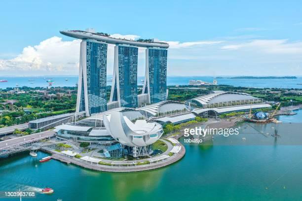 マリーナ ベイ サンズ シンガポール - マリーナ湾 ストックフォトと画像