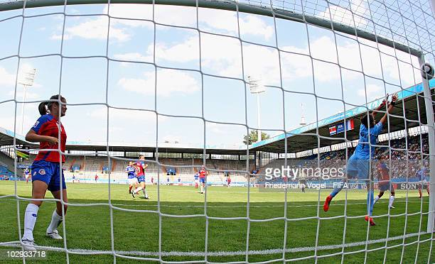 Marina Makanza of France scoring the second goal during the FIFA U20 Women's World Cup Group A match between Costa Rica and France at the FIFA U20...