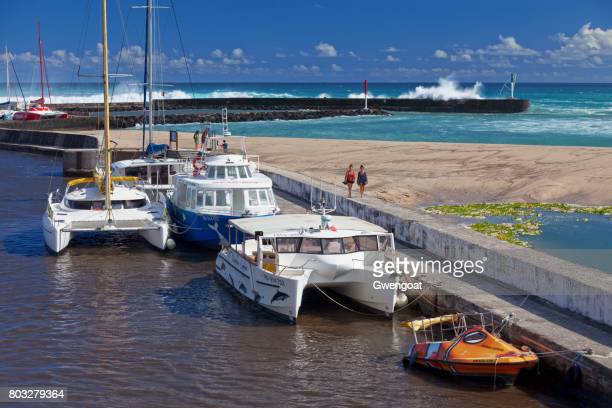 marina de saint-gilles-les-bains durante el solsticio de verano - isla reunion fotografías e imágenes de stock