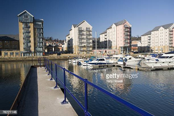 marina, portishead, somerset, england - portishead stock pictures, royalty-free photos & images