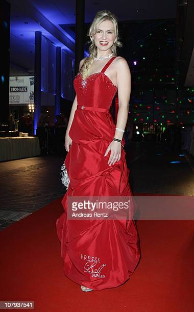 Marina Schill arrives at the Berlin Press Ball 2011 at the Ullstein hall on January 8, 2011 in Berlin, Germany.