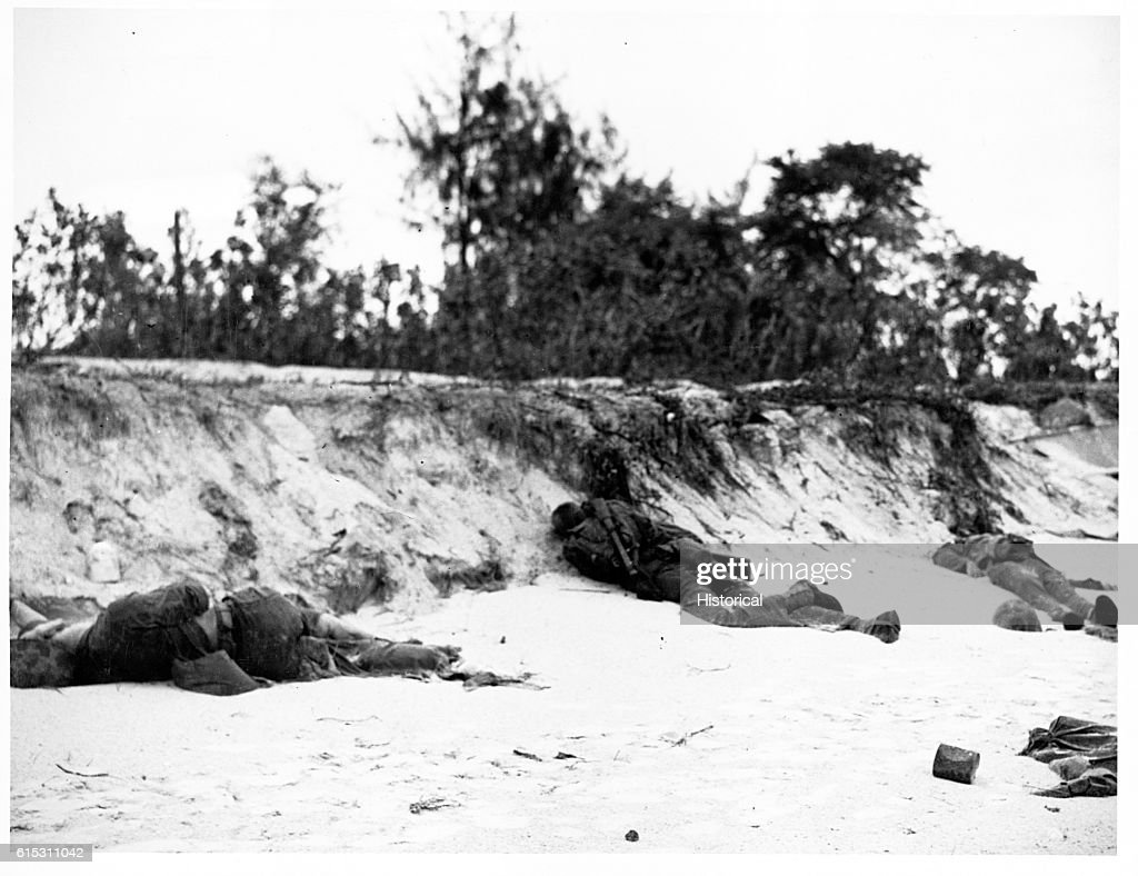 Casualties on Beach After Battle : News Photo