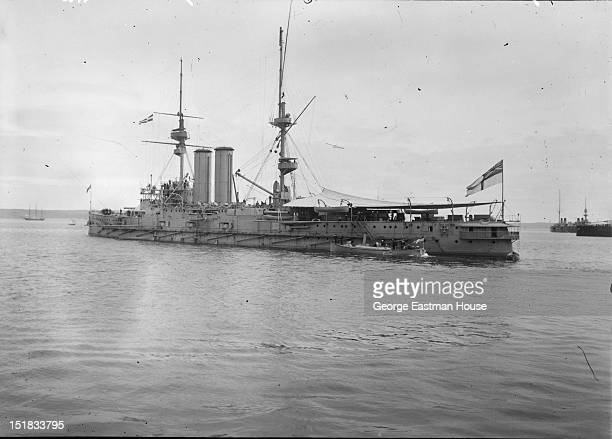Marine guerre 'H.M.S. Commonwealth' Angleterre, between 1900 and 1919.