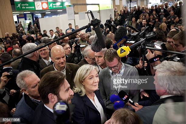 MArine Le Pen and Marion Marechal Le Pen at the annual agricultural show in Paris on February 25 2014