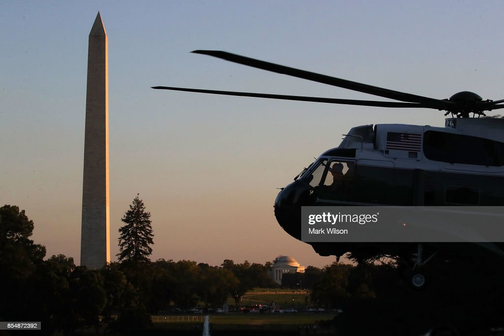 Marine One carrying US President Donald Trump lands on the South Lawn of the White House September 27, 2017 in Washington, DC. President Trump traveled to Indianapolis, Indiana to unveil his administration's tax reform plan.