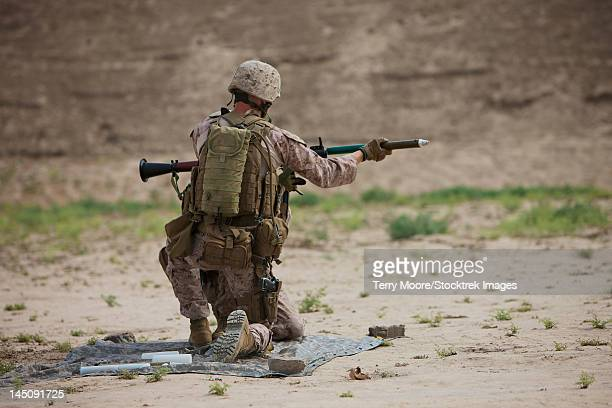 u.s. marine prepares a fragmentation round for the rpg-7. - rpg maker stock pictures, royalty-free photos & images