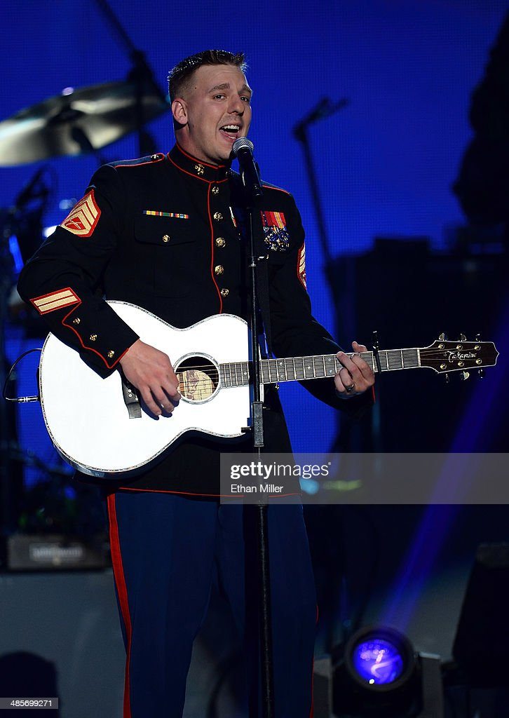 Marine Staff Sgt Brandon Valentine Performs During ACM Presents An AllStar  Salute To The Troops At
