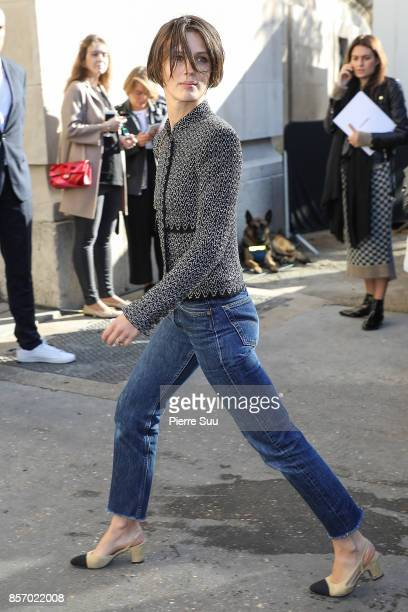 Marine Vacth arrives at the Chanel show as part of the Paris Fashion Week Womenswear Spring/Summer 2018 on October 3, 2017 in Paris, France.