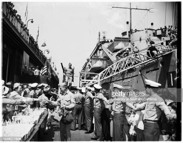 Marines back from Korea 20 August 1951 Mrs Edna CoffeeLinda Coffee 3 yearsSergeant Kack CoffeePhyllis HoughtonSergeant Jack HoughtonJudy...