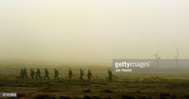 S Marines from Task Force Tarawa search for Iraqi troops March 26 2003 in the southern Iraqi city of Nasiriyah As night falls on the city the Marines...
