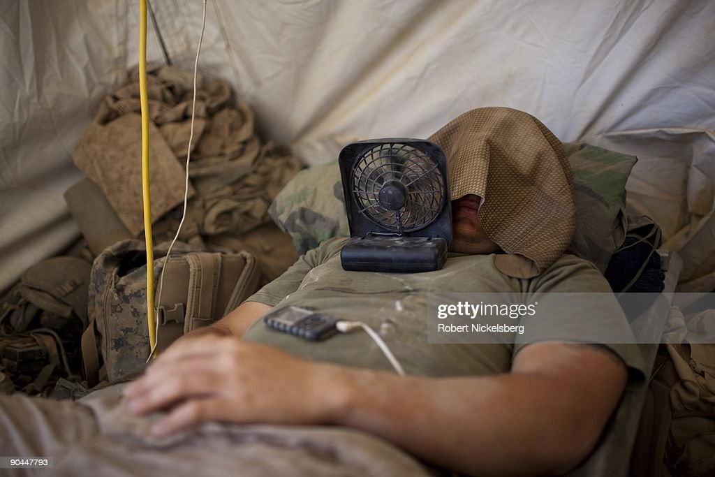 US Marines In Helmand Province Try To Cool Off : News Photo
