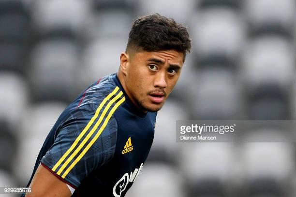 Marino Mikaele of the Highlanders warms up ahead of the round four Super Rugby match between the Highlanders and the Stormers Forsyth Barr Stadium on...