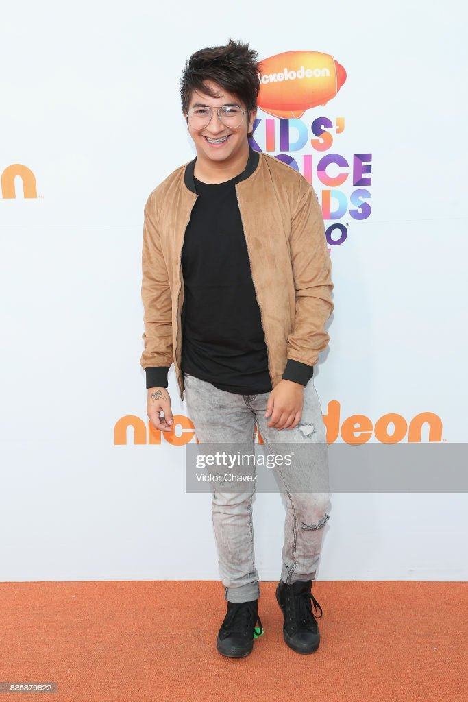 Mario Aguilar attends the Nickelodeon Kids' Choice Awards Mexico 2017 at Auditorio Nacional on August 19, 2017 in Mexico City, Mexico.